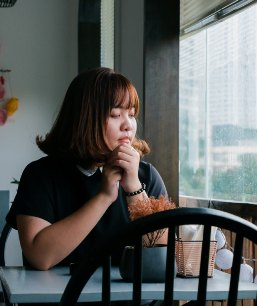challenging and changing eating disorder thoughts